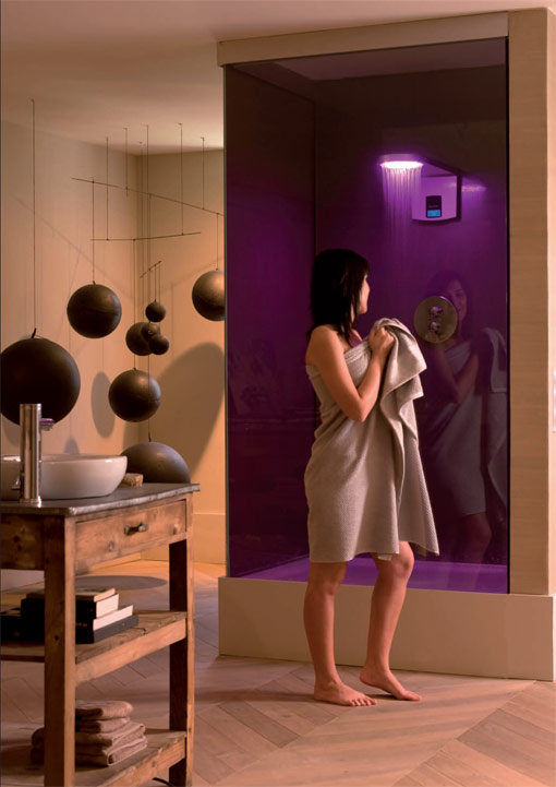 Hidrocrom, shower with color light, a new way to shower